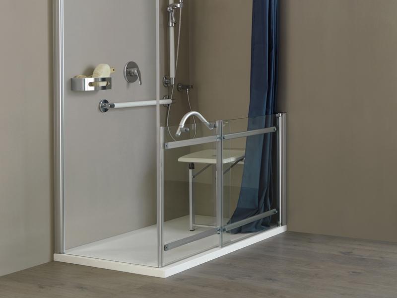 Ambiente bagno: intervento per sostituire la vasca con la doccia