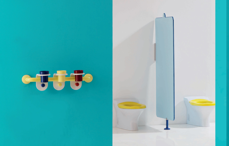 Ponte Giulio's child wc, accessories and child washbasin, showcases