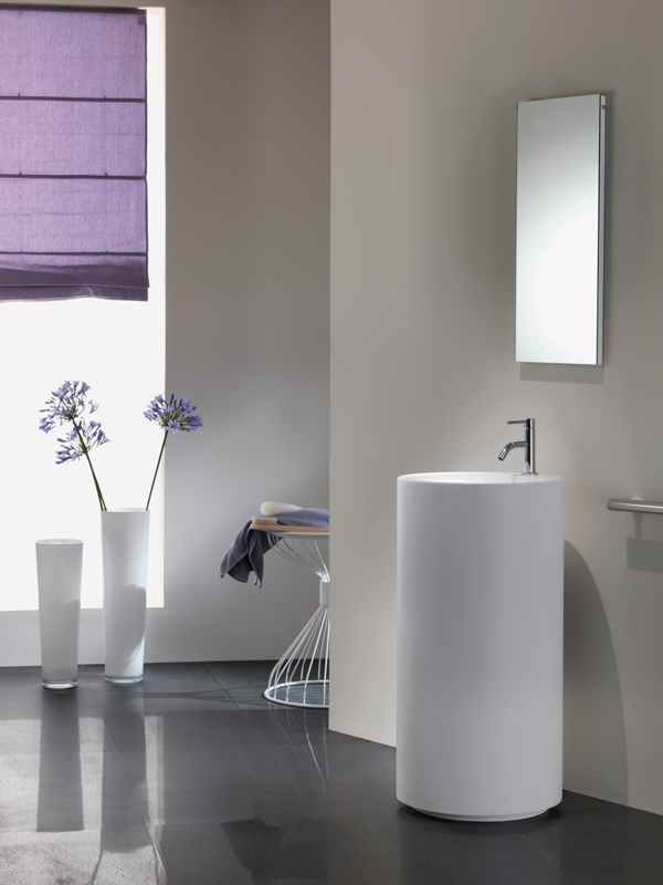 Colored standing washbasin, Midioplan, model Roll, showcases