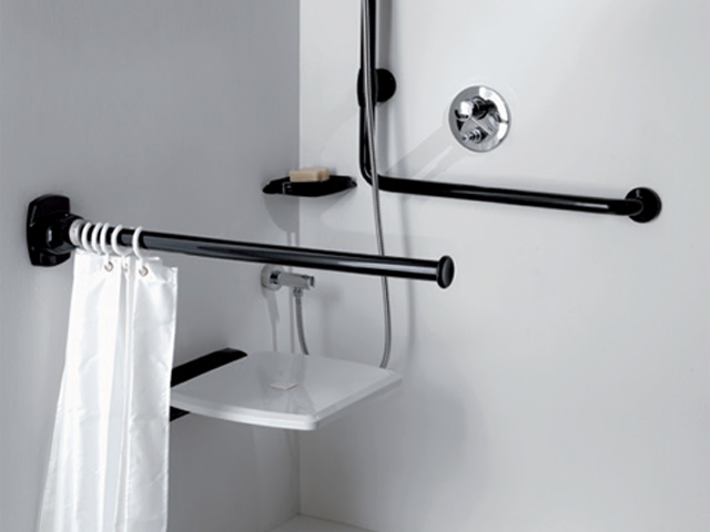Why choosing the shower curtain rails