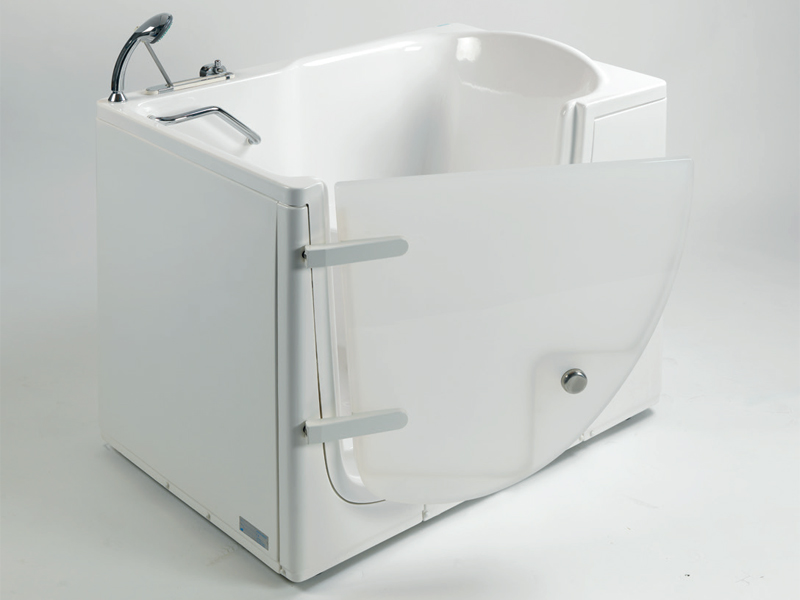 Why choosing the walk-in bathtub with external opening door
