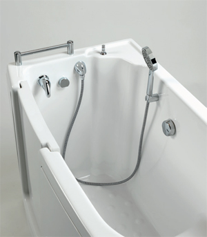 antislip feature of the walk-in bathtub