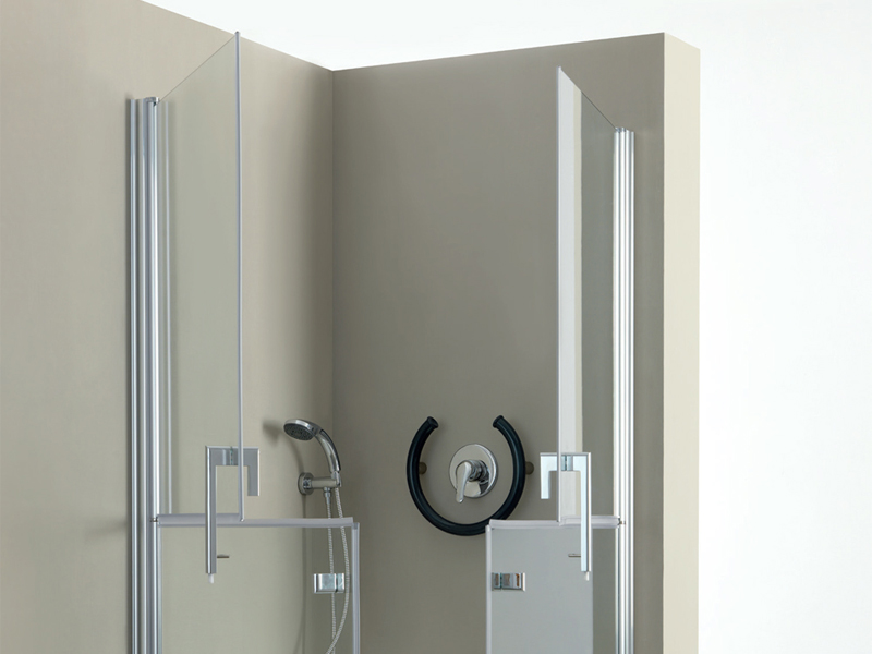 Why choosing a shower cabin with door having separate openings