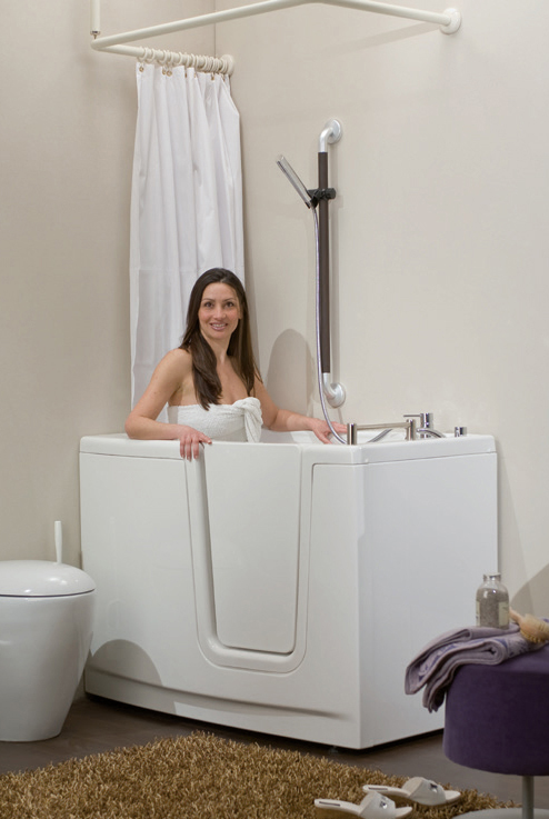 How to seat in a walk-in bathtub with internal door, showcases