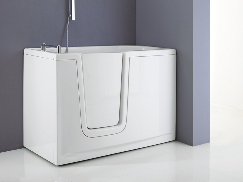 side opening tubs for a relaxing and barrier free bathroom