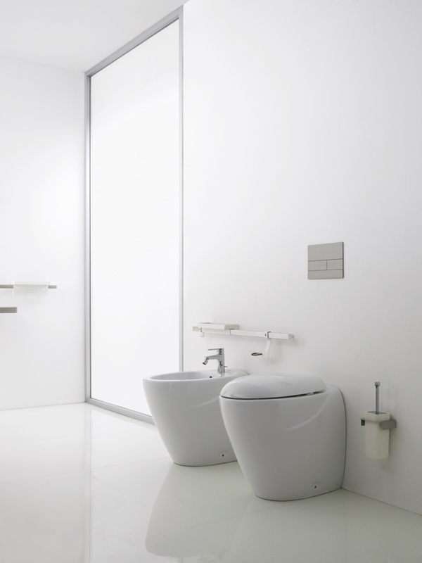 Inclusive bathroom environment - BE001
