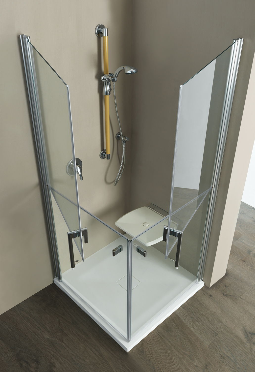 Shower cabin with door having a separate openings (lower and upper part separately) - BE005