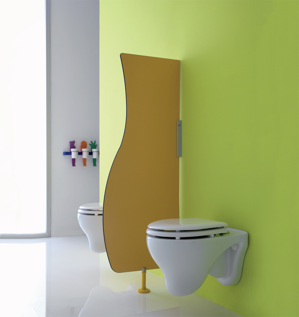 Children Toilet area with hanging WC-bowls - IN007