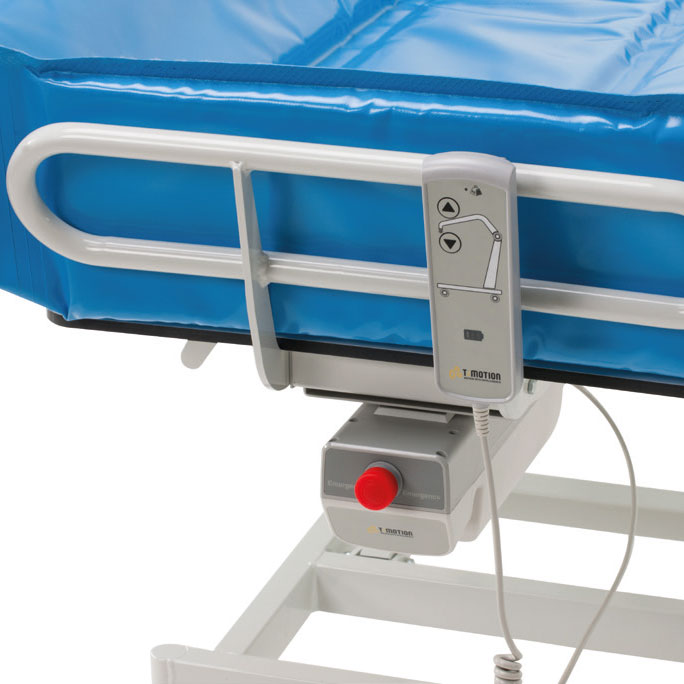 Assisted bathing with electrical adjustable shower stretcher - CA011
