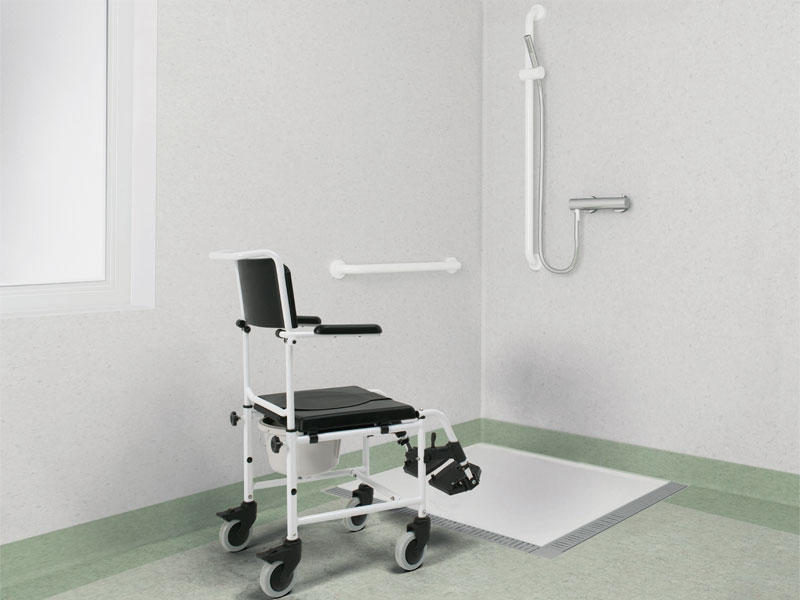 Shower chair for assisted bathing